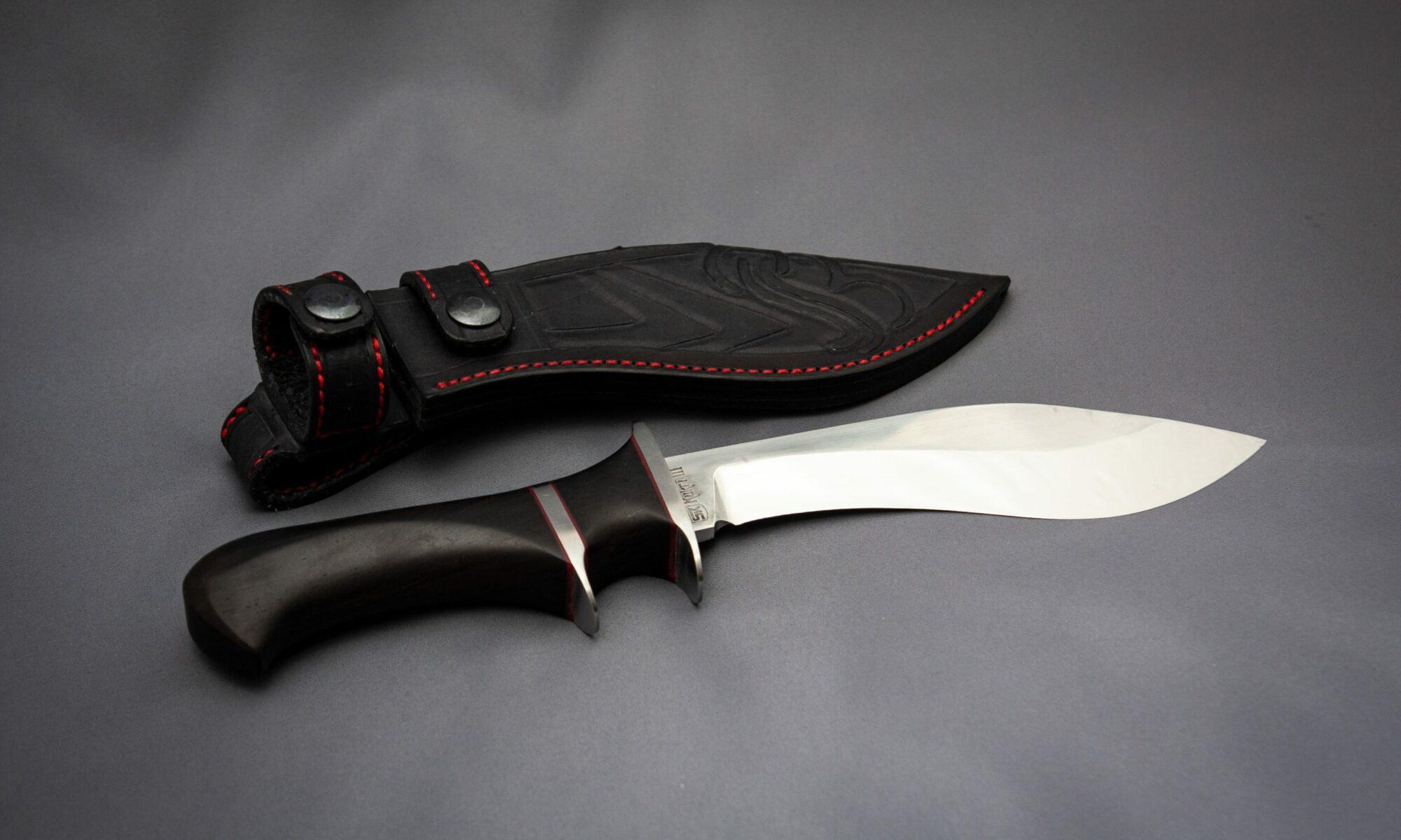 Custom made Kukri III knife with leather sheath